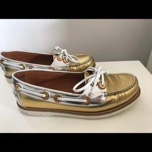 "Louis Vuitton boat 1/2 "" loafers"